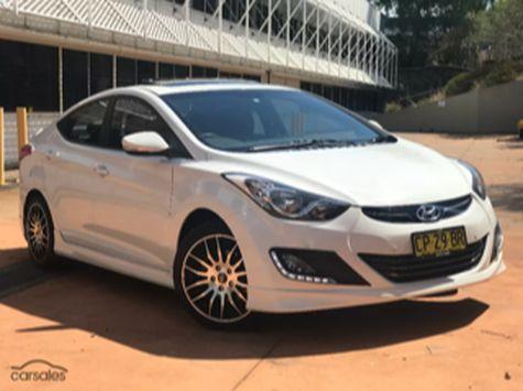 Hyundai Elantra 0 Dean-park  13062